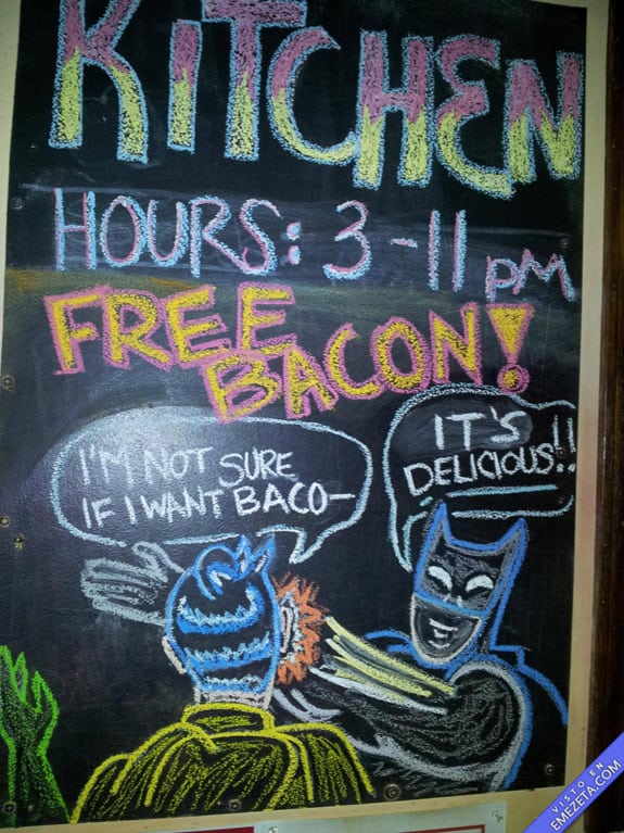 Carteles desconcertantes: Batman free bacon