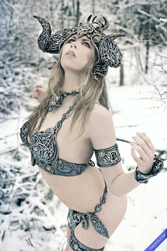 Cosplay: Skyrim girl