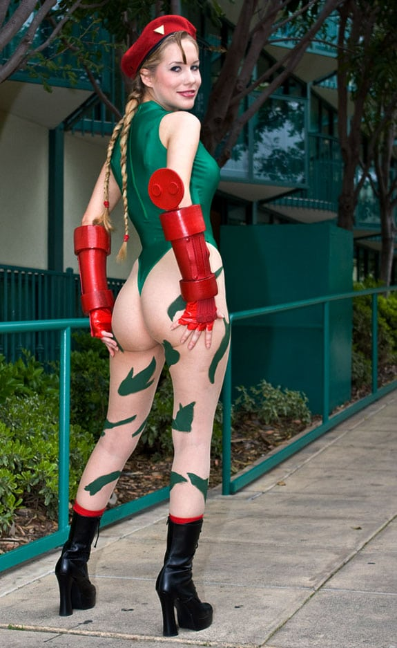 Cosplay: Cammy (Street Fighter)