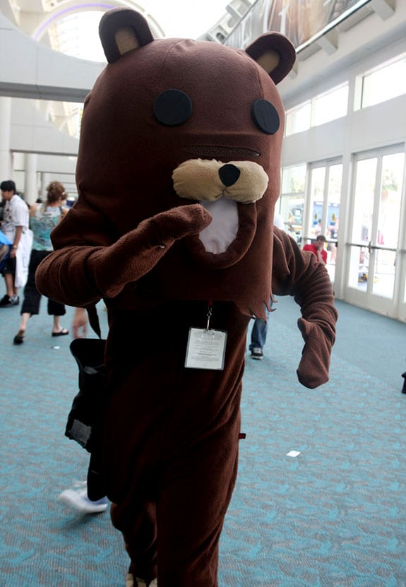 Cosplay: Pedobear (Comic Con 2009)