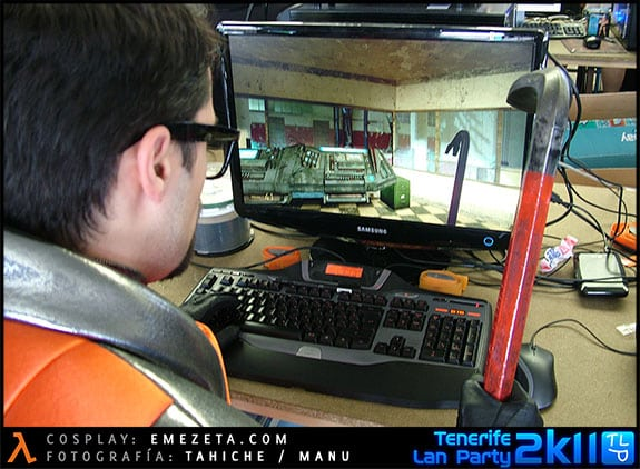 Inception (Origen): Cosplay del personaje Gordon Freeman (Half-life)