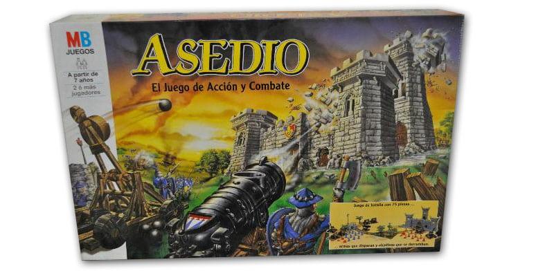 Asedio: Aprende a organizar un ataque contra un rival desde un juego de mesa