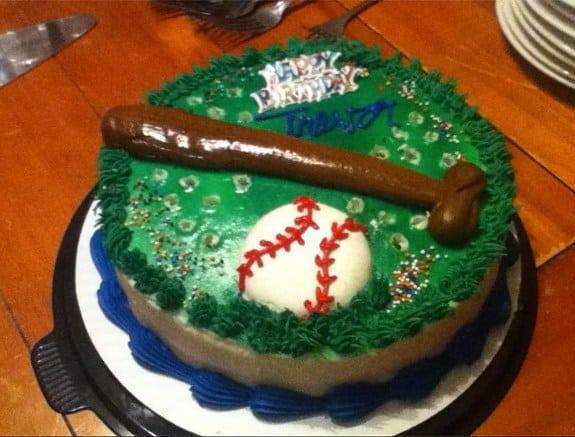 Malinterpretaciones involuntarias: Pastel baseball