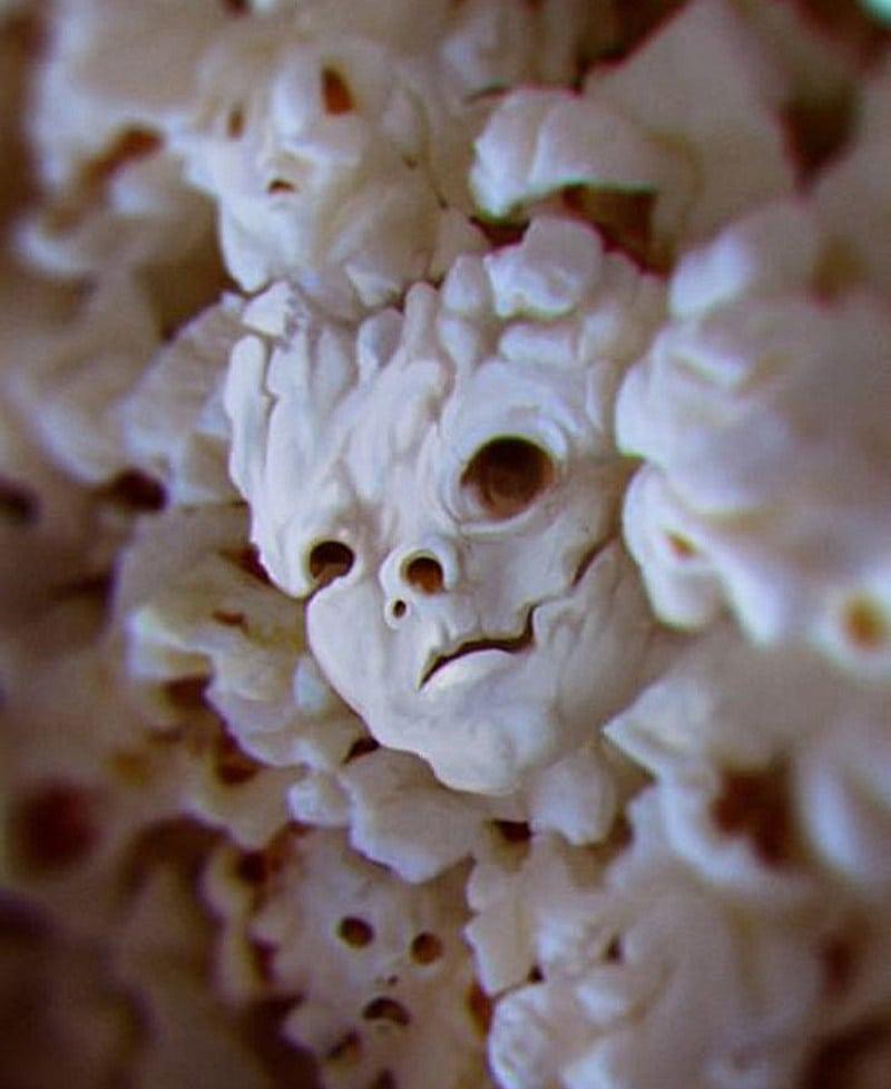 Pareidolia: Evil popcorn cotufa