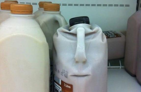 Pareidolia (rostros o figuras en imágenes): Angry Bottle Megachoc