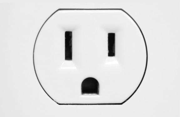 Pareidolia (rostros o figuras en imágenes): Socket Shocked
