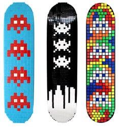 space invaders skates monopatines
