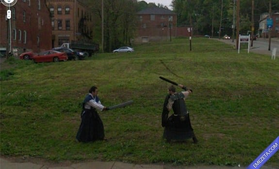 Google Street View: Epic battle